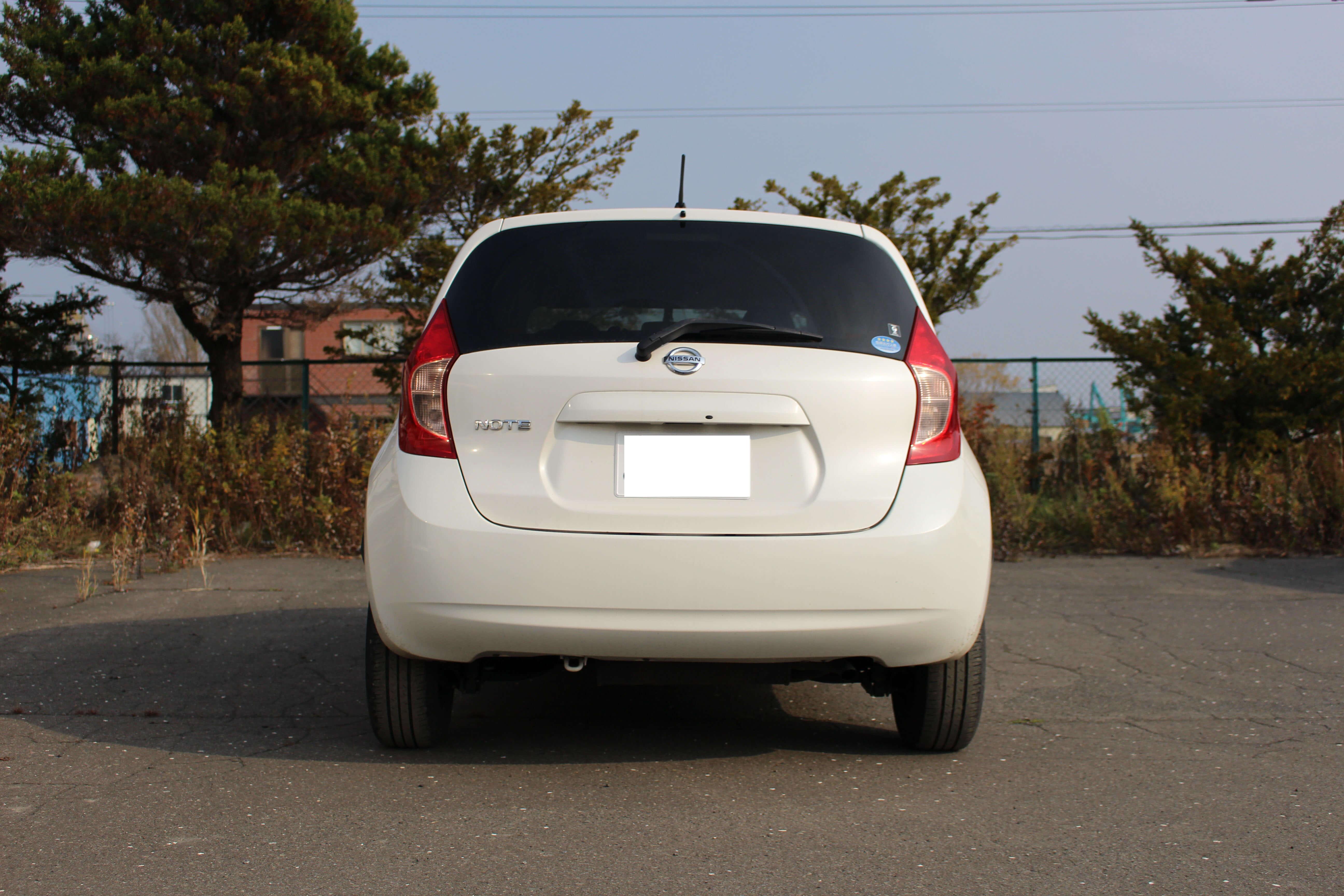 03//06-/>/> Radhausschale Innenkotflügel vorne links für Nissan NOTE E11 Bj